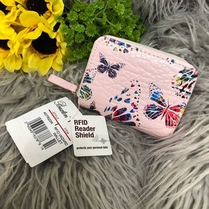 Wallet with RFID reader shield protection